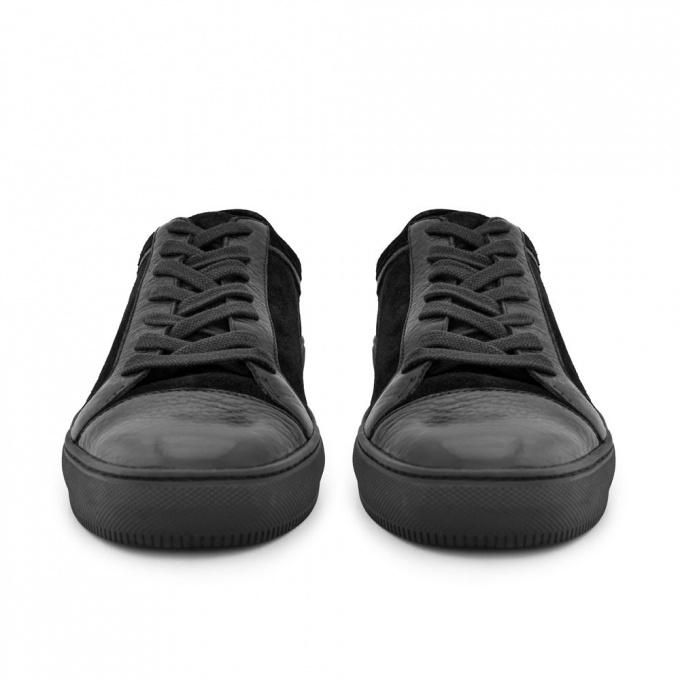 GASTON BLACK