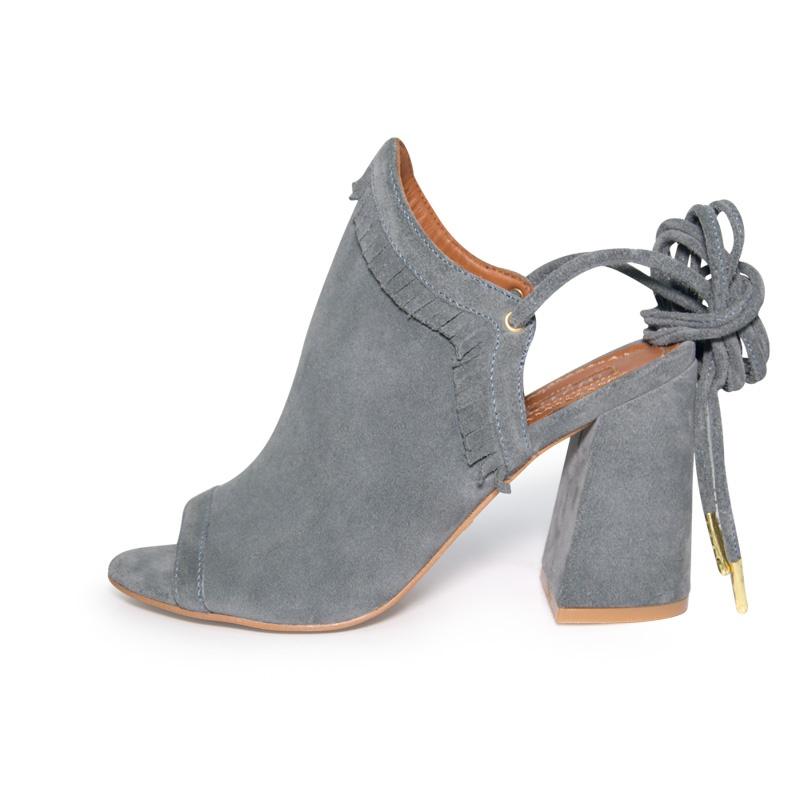 Orabella Grey